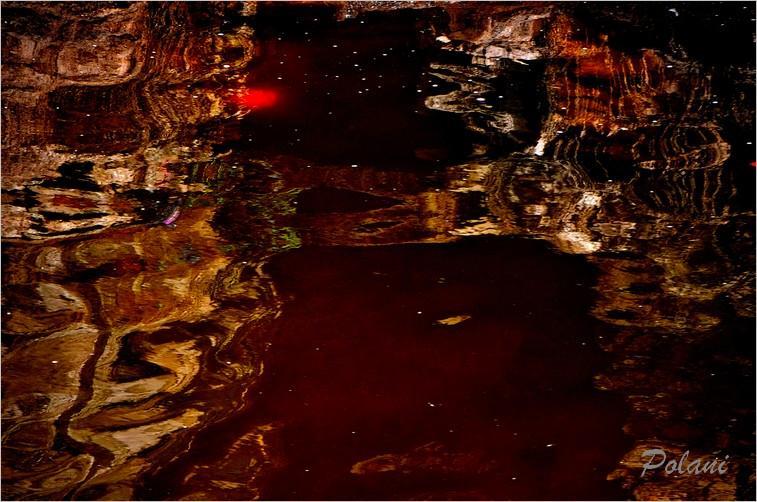 damassé-rouge-et-or-bayeux-2014_0094.JPG